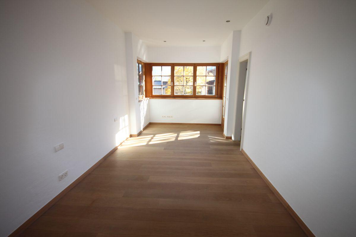 luxuri se ferienwohnung im chalet stil in kitzb helbei 1. Black Bedroom Furniture Sets. Home Design Ideas