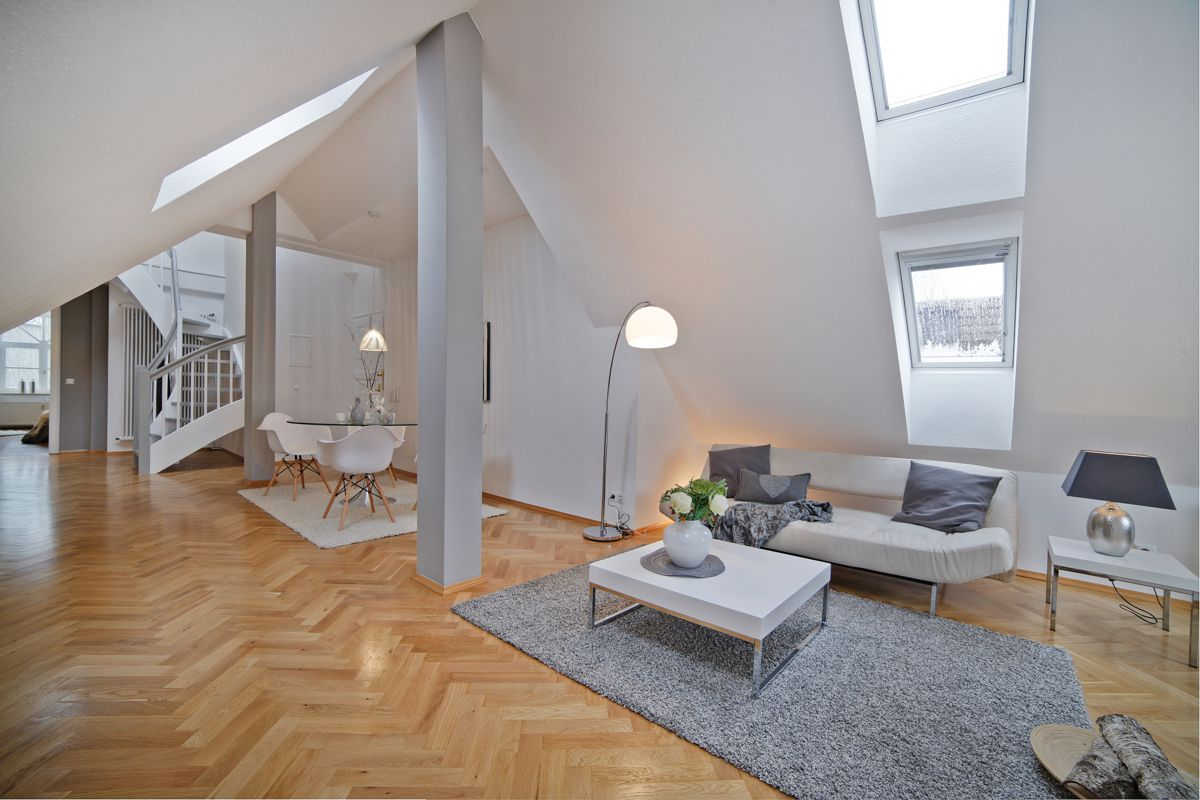 traumhafte dt maisonette wohnung in jugendstilbau im. Black Bedroom Furniture Sets. Home Design Ideas